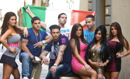 Jersey Shore Season 4 Cast Pic: Greased Up in Italy
