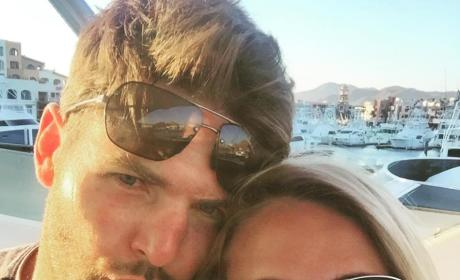 Carrie Underwood and Mike Fisher Selfie