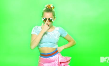 Miley Cyrus: Smokin in Video Music Awards Teaser!