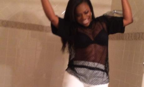 Kandi Burruss Shower Rod Fail