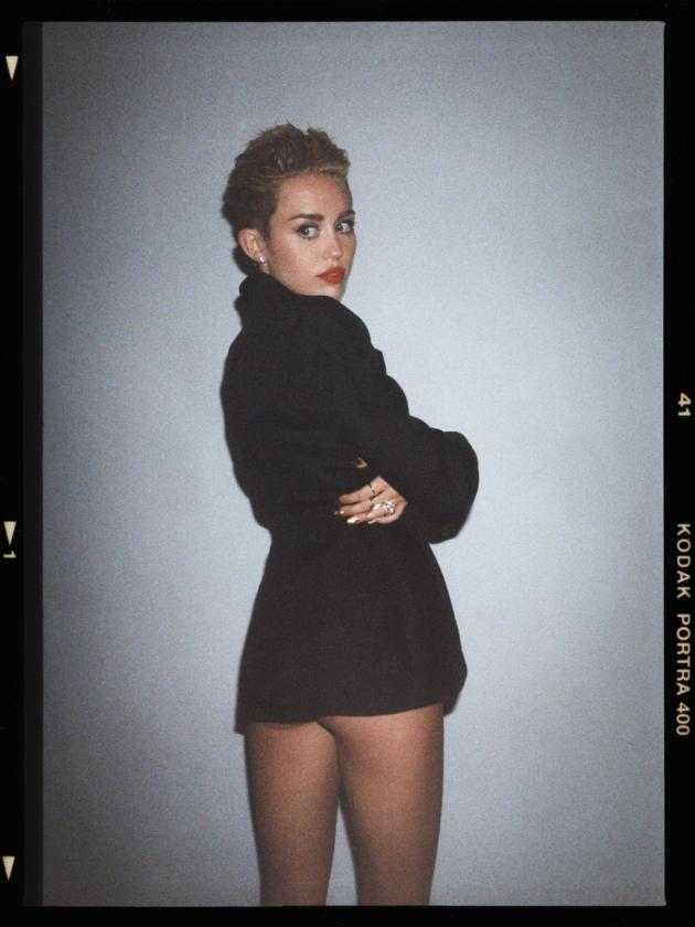 Miley Cyrus With No Pants