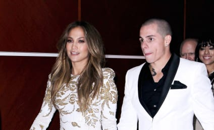 Jennifer Lopez and Casper Smart: Wedding on the Way?!