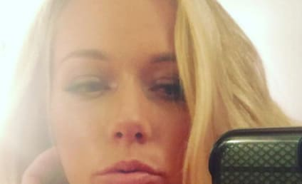 Kendra Wilkinson on Instagram: No Makeup, All Armpits