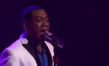 Joshua Ledet Receives Standing O on American Idol