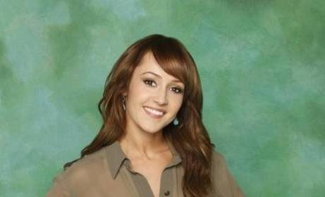 Ashley Hebert: Sort of Defending Courtney Robertson, Rooting For Lindzi Cox