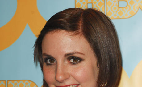 Lena Dunham Golden Globes Photo
