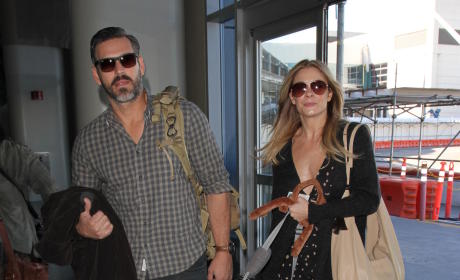 LeAnn Rimes and Eddie Cibrian Catch at Flight at LAX