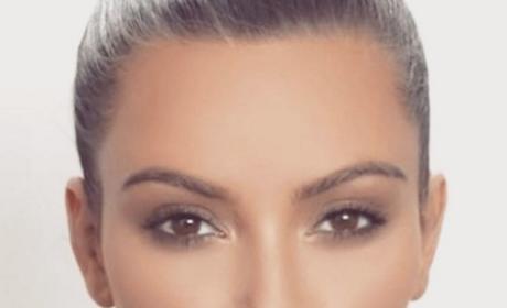 Kim Kardashian Pucker