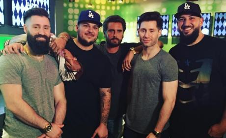 Rob Kardashian Poses With Scott Disick and Other Friends