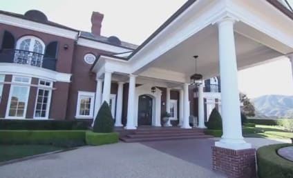 Gretzky's Mansion For Sale, Paulina Not Included