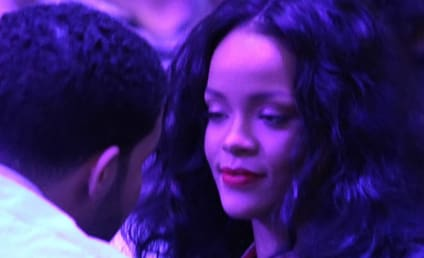 Rihanna and Drake Get Close at Clippers Game