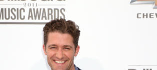 Billboard Music Awards Fashion Face-Off: Matthew Morrison vs. Snoop Dogg