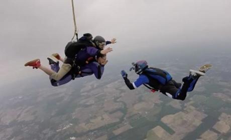 Kailyn Lowry: Skydiving Video