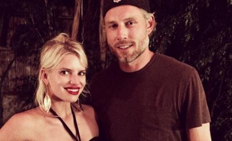 Eric Johnson to Jessica Simpson: Go to Rehab Or I'm Taking the Kids!