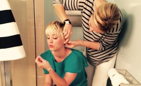 Kaley Cuoco Gets Her Hair Done on the Toilet, Remains Classy