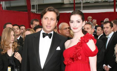 Anne Hathaway is No Saint, Says Anne Hathaway