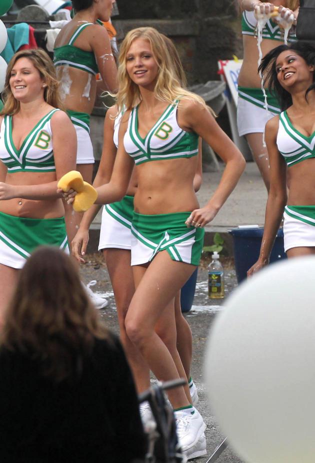 Hot Erin Heatherton Pic