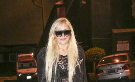 Amanda Bynes Leaves the Obsev Studios Holiday Party