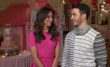 Kevin Jonas and Danielle Jonas Talk Baby #2