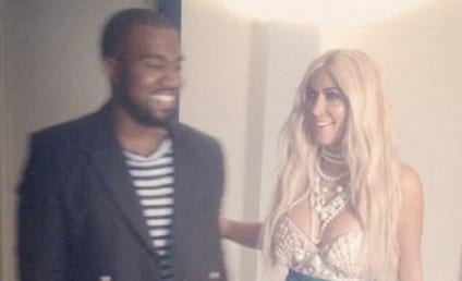 Kim Kardashian Halloween Costume: Making a Splash!