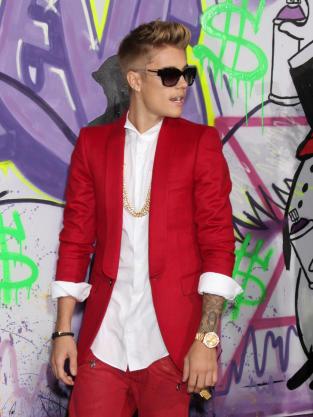 It's Justin Bieber!