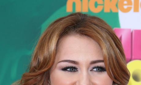 Miley Cyru at Kids Choice Awards