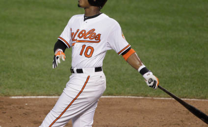 Adam Jones Accuses San Francisco Fan of Throwing Banana at Him