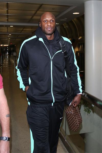 Lamar Odom Lands at LAX