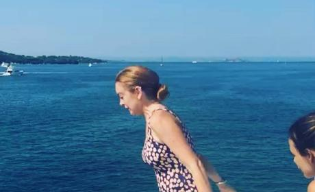 Lindsay Lohan: Baby Bump Video?