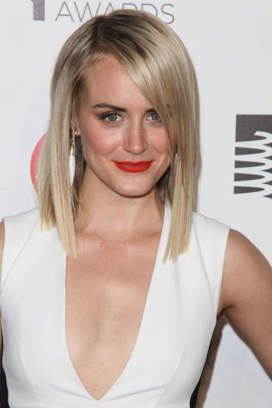 Best Actress in a Comedy: Should Win - Taylor Schilling