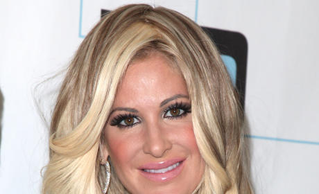 Kim Zolciak Thanks Fans, Teases Fashion Line