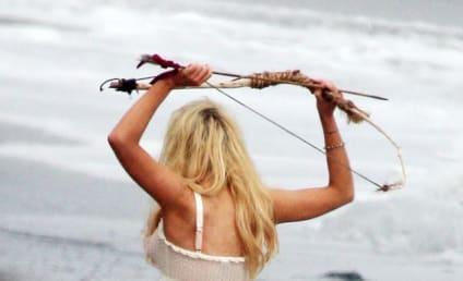 Lindsay Lohan Ankle Bracelet: Spotted in Malibu!