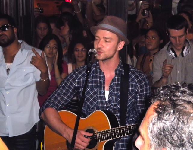 Justin Timberlake Jamming