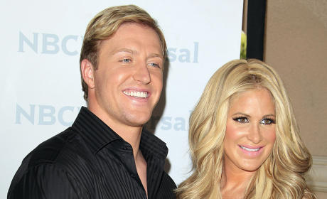 Kim Zolciak Kashes Out, Gives Birth to a Son!