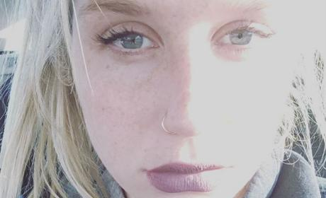 Kesha Thanks Fans for Support Amidst Legal Drama