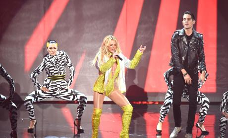 Britney Spears on VMAs Stage