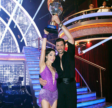 is max dating meryl from dancing with the stars Apr 14 2014 i know you've wondered every monday since the beginning of march whether or not dancing with the stars couple olympic gold medalist meryl davis and maksim chmerkovskiy are dating.