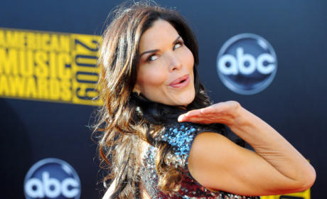 Lauren Sanchez to Co-Host The View*