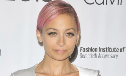 Nicole Richie Kicks Joel Madden Out, Stops Wearing Wedding Ring!