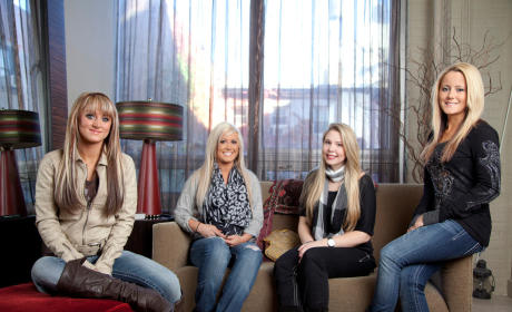 Teen Mom 2 Recap: Jenelle Evans' Rage Returns; Leah Messer Can't Make Up Her Mind