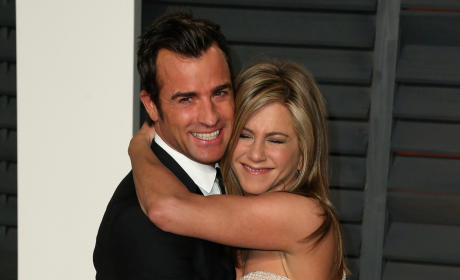 Jennifer Aniston: Moving Out on Justin Theroux?!