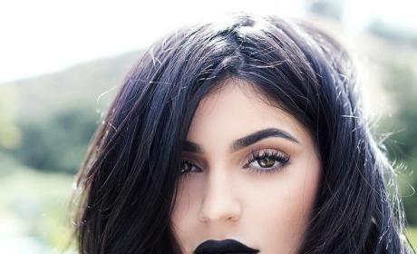Kylie Jenner Models New Lip Kit Color