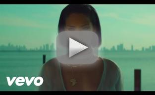 """Rihanna & Her Nipples Star in NSFW """"Needed Me"""" Video"""