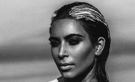 Kim Kardashian Nude Desert Shoot Sparks Cries of Photoshop, Hypocrisy