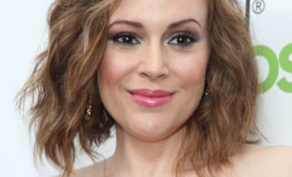 Alyssa Milano Breastfeeds Again in Public, Doesn't Care What You Think