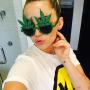Miley Cyrus, Pot Glasses