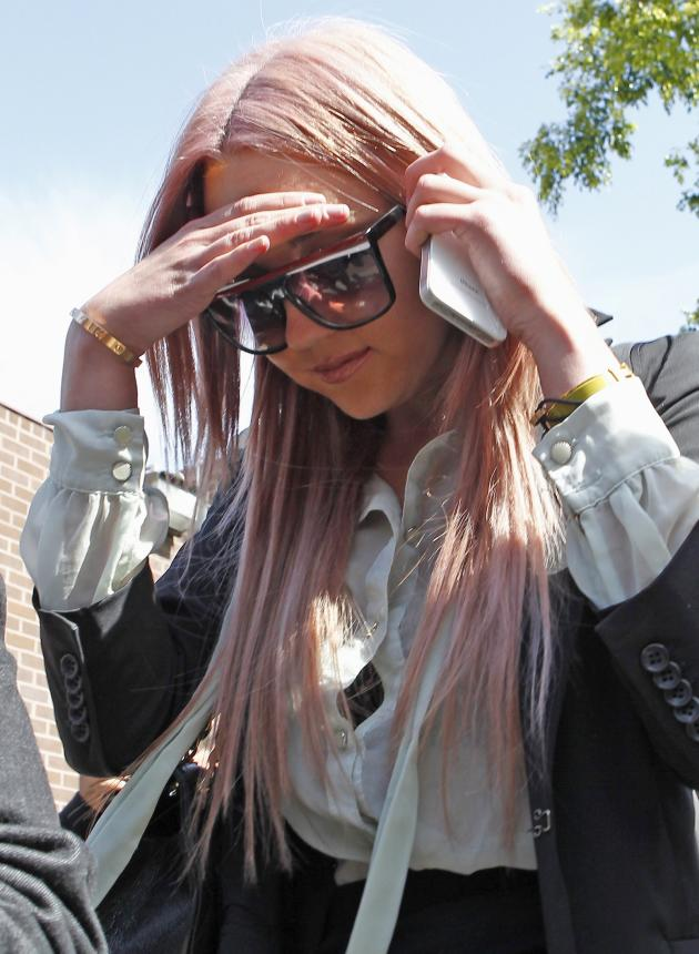 Amanda Bynes Outside Jail