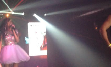 "Farrah Abraham Sings ""Blowin'"" LIVE: Watch the Ear-Splitting Video Now!"