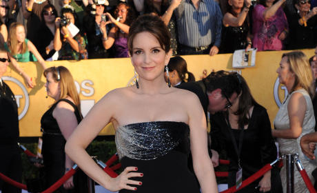 SAG Awards Fashion Face-Off: Tina Fey vs. Sofia Vergara