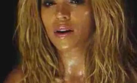 """Beyonce Sparkles, Gets Wet in Official Video for """"1+1"""""""